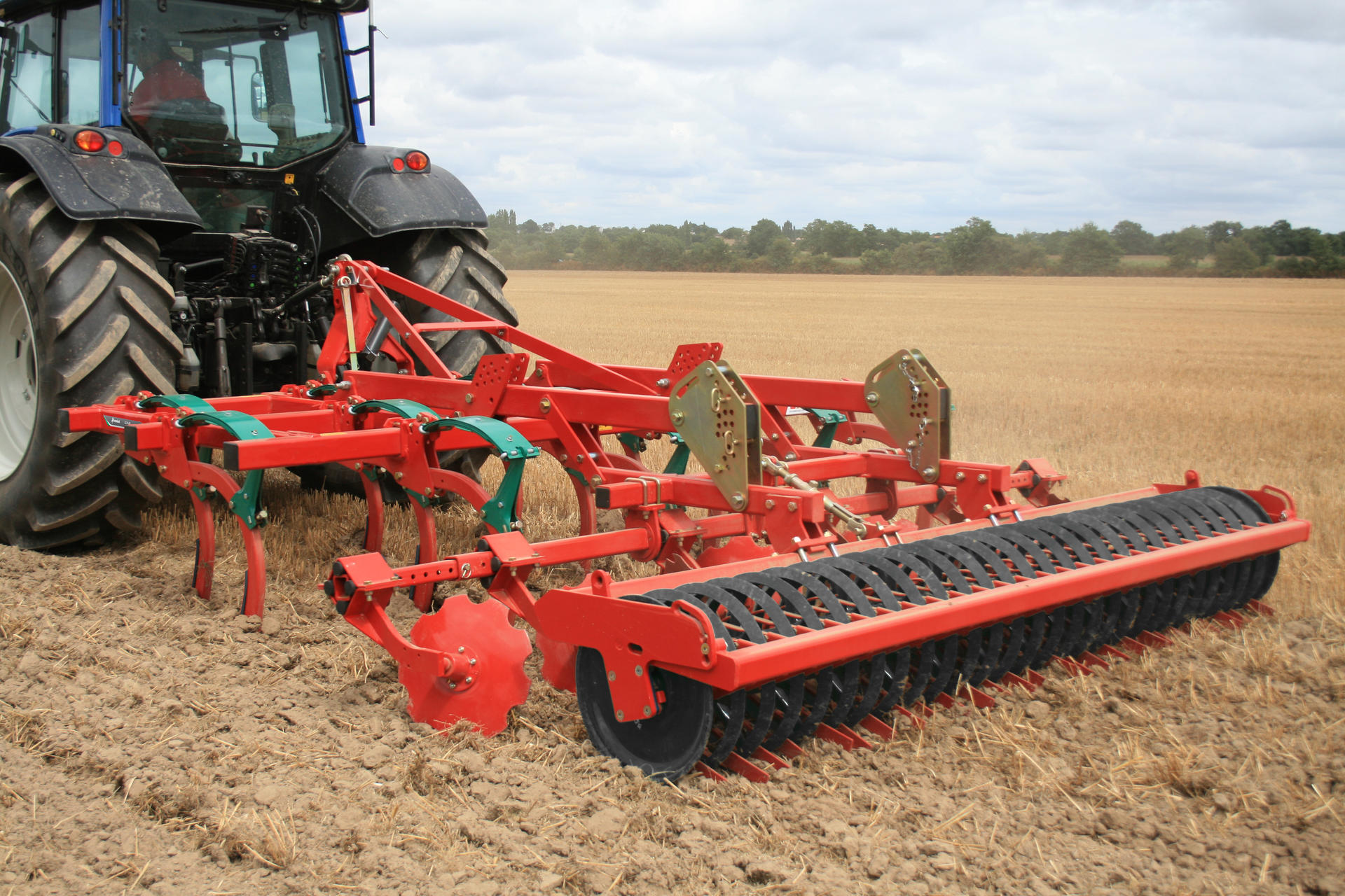 Coltivatori kverneland clc pro for Livellare terreno